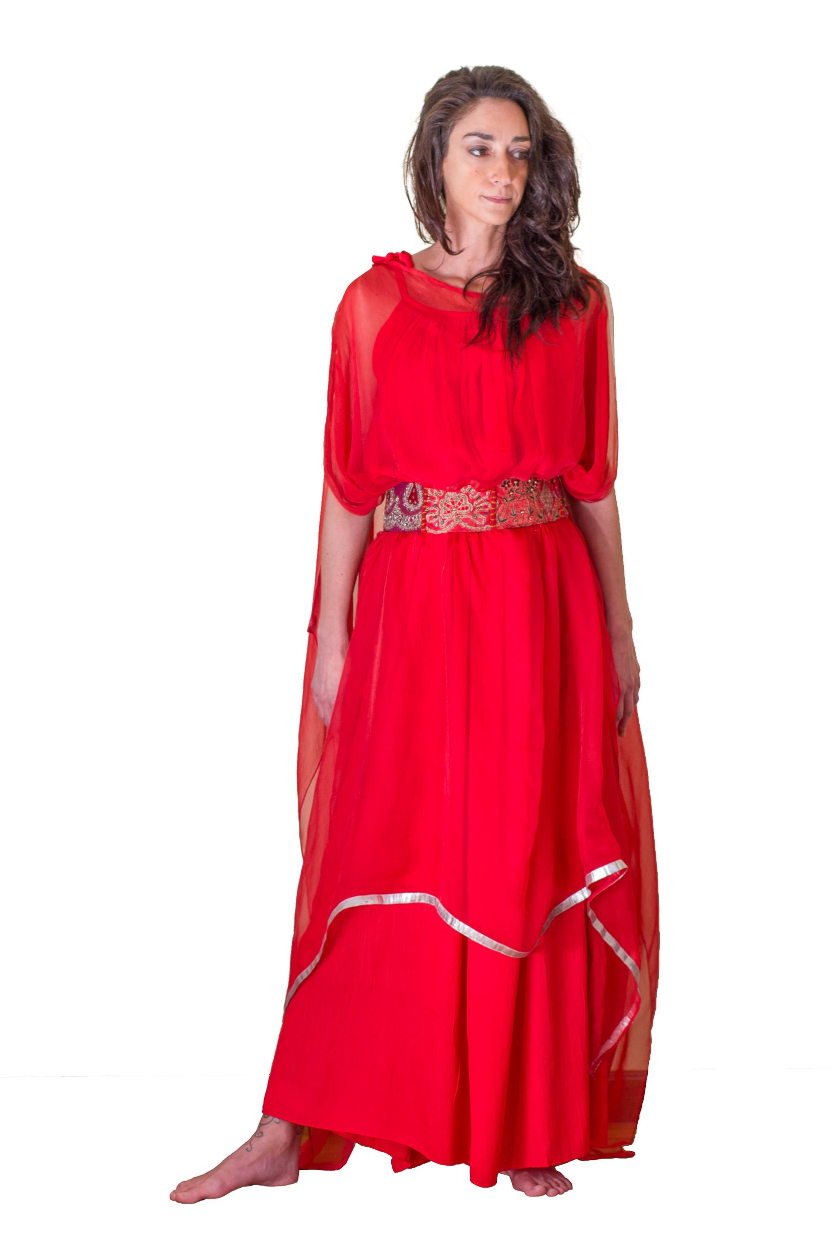Bajo vestido rojo de universitaria con carita - 2 part 2